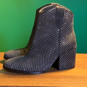 Italian boots. The Shoe Box. Cool as can be.